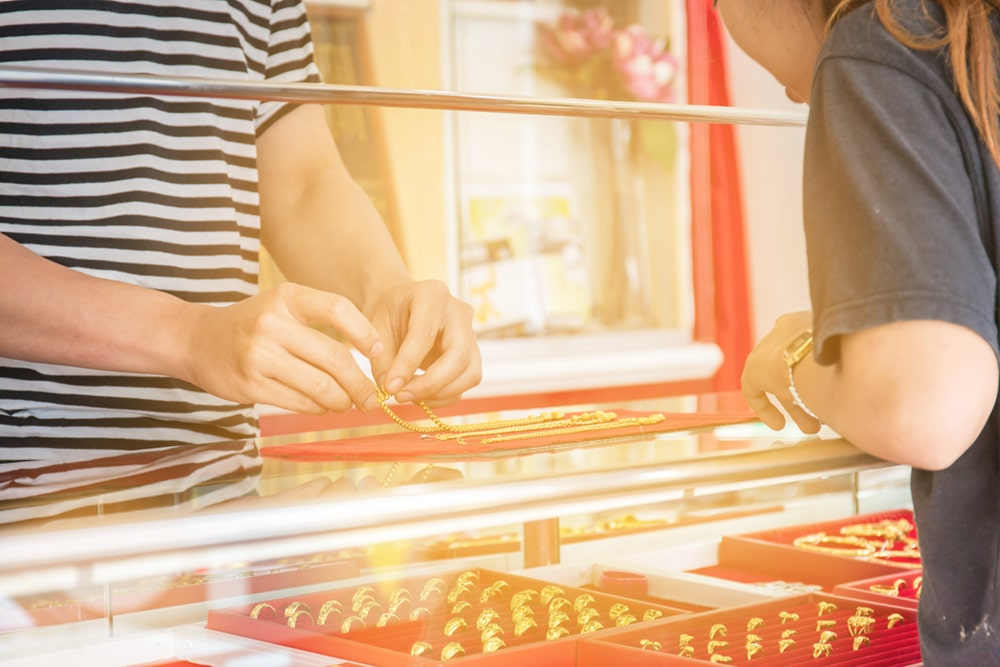What You Need to Know About Pawning